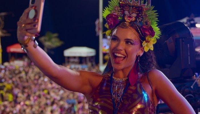 'Carnaval' Review: Netflix Sends an Influencer South of the Border in Brazilian 'Girls Trip'
